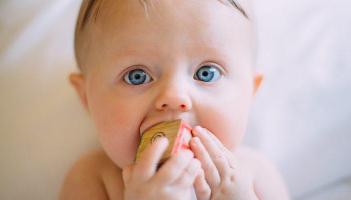 Tutto quello che devi sapere sul neonato a 6 mesi