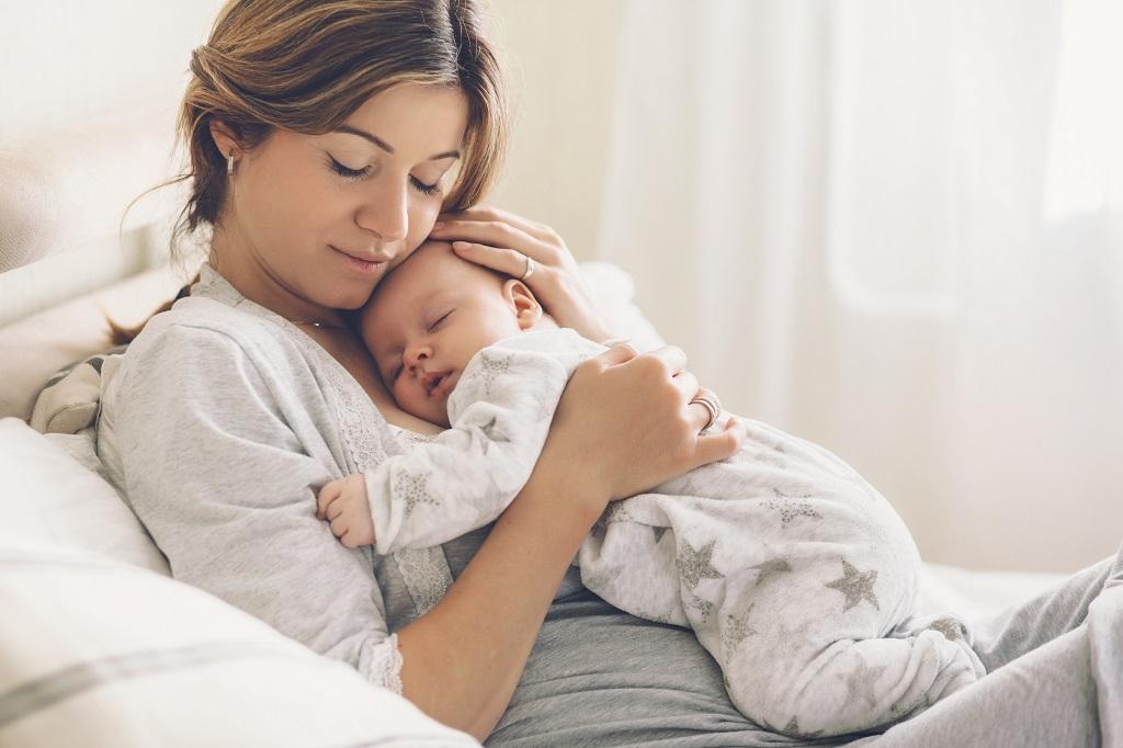 scatti di crescita del neonato
